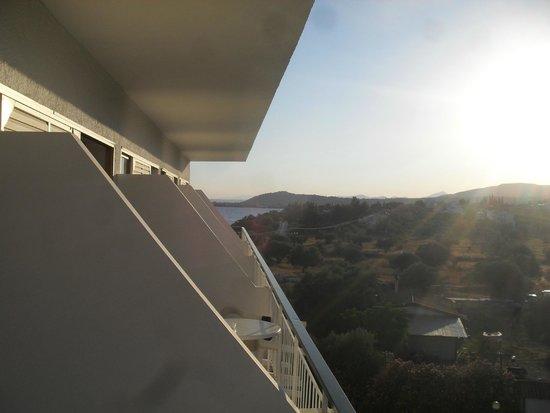 Holidays In Evia & Eretria Village Hotels: balcon