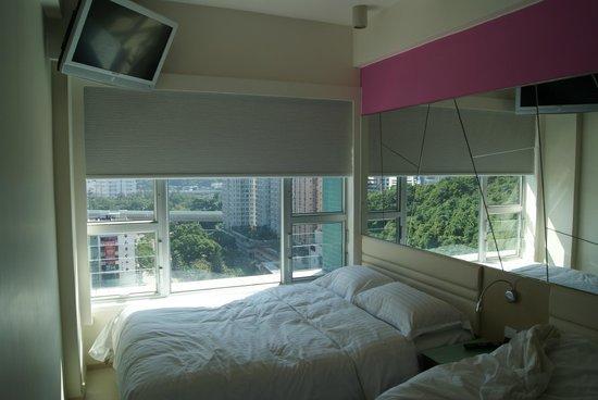 Regal Riverside Hotel : Вторая кровать