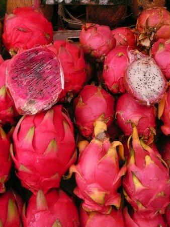 Vienna Naschmarkt : frutta esotica al Naschmarkt