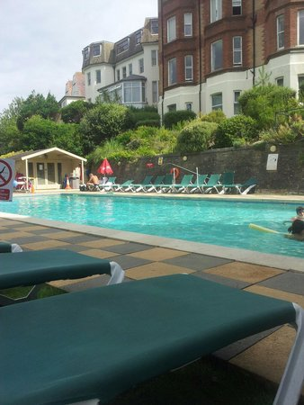 The Chine Hotel: Heated outside pool