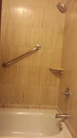 Costa Rica Marriott Hotel San Jose: chuveiro fraco