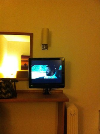 Premier Inn Newcastle Quayside: Smallest TV ever! Also comes with dirty & gross remote control!