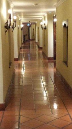 Costa Rica Marriott Hotel San Jose: corredor dos quartos