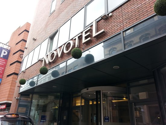 Novotel Liverpool: front of hotel