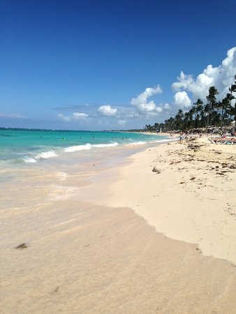 Majestic Colonial Punta Cana: Beach right in front of the hotel