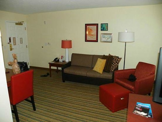 Residence Inn Holland: Living room area