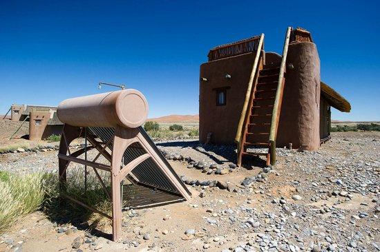 Wilderness Safaris Kulala Desert Lodge: Standard Kulala and Geyser