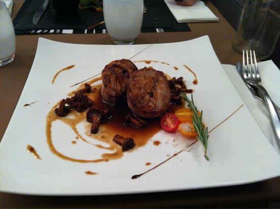 Le DZ Restaurant: Râble de lapin aux girolles