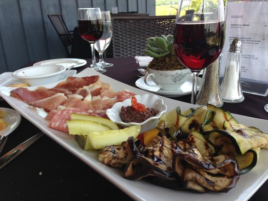 Wellington, Canada: A Simple Charcuterie platter with grilled vegetables