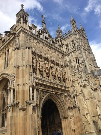 Gloucester Cathedral: G41