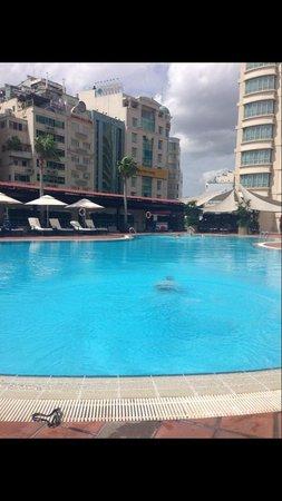 New World Saigon Hotel: Pool