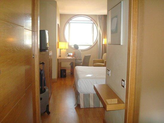 NH A Coruña Centro: vista habitación