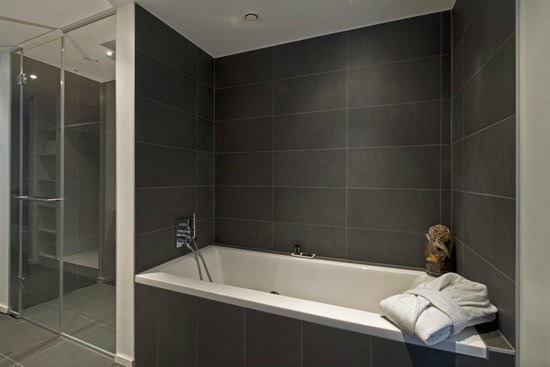 Legere Hotel Luxembourg : Gallery Suite - bathtub