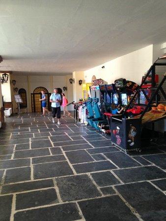 Amada Colossos Resort - TEMPORARILY CLOSED: Hotel