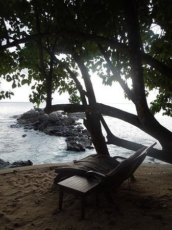 Hilton Seychelles Northolme Resort & Spa: A nice place at the resort's beach