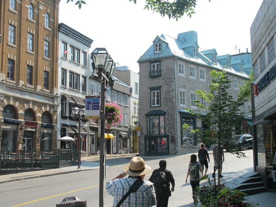 Old Quebec: Corner of Côte de la Fabrique and Rue Garneau