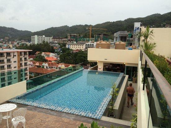 Hemingways Silk Hotel: Pool