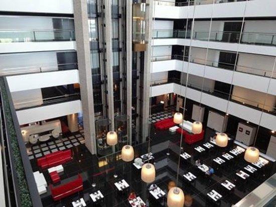Hilton Madrid Airport : レストラン