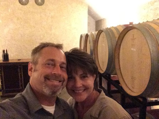 Yonah Mountain Vineyards: Awesome tasting experience!