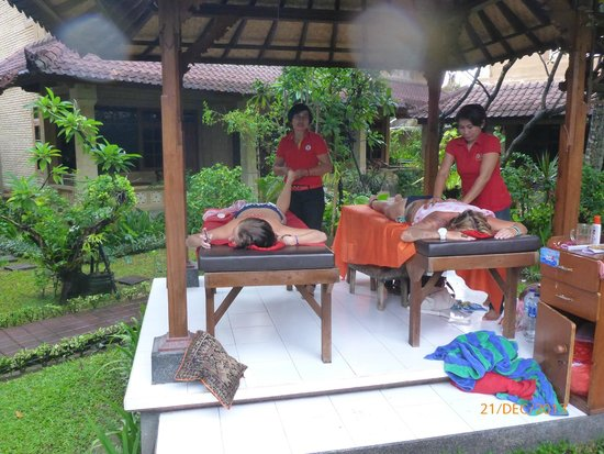 Balisandy Resort: massage