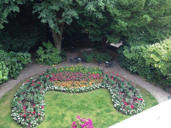 Hotel d'Argouges: Garden view