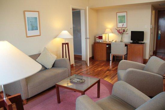 NH Montevideo Columbia: Habitacion Suite