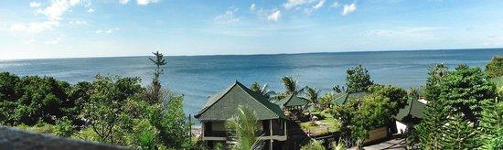 Puri Wirata Dive Resort and Spa Amed: Vue chambre