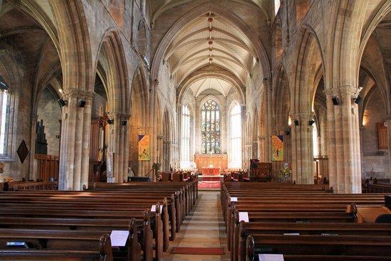 St. Michael's Parish Church: Interior of the church
