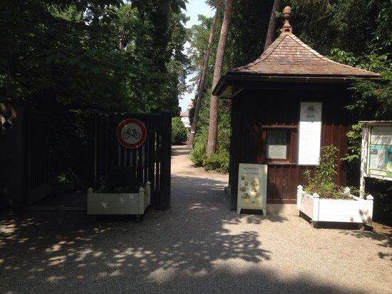 Botanischer Garten Muenchen-Nymphenburg: Entrance