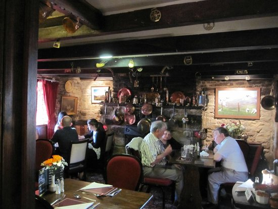 Milecastle Inn: local people in the pub