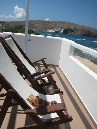 Tania Milos: balcony