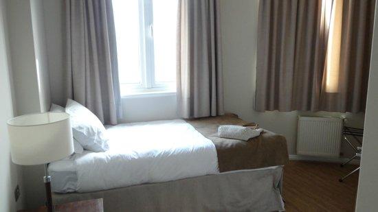 Lastarria 43/61 : Quarto do lastaria 61, cama de solteiro