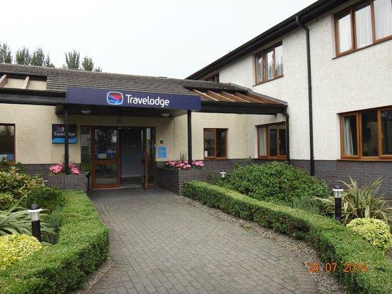 Travelodge Limerick : Hotel Entrance