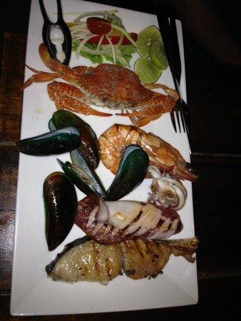 Fisherman's Restaurant & Bar: seafood platter