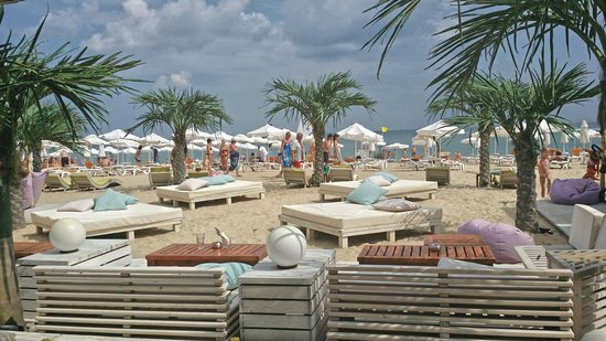 DIT Majestic Beach Resort: beach bar