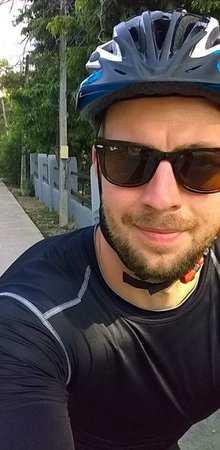 Sunsuri Phuket: Cycling back to hotel U Sunsuri from the Rawai beach