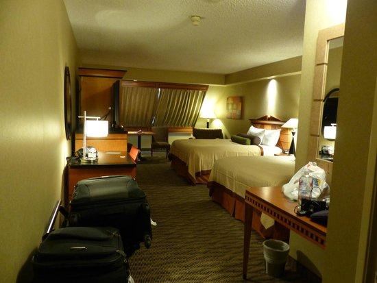 Luxor Las Vegas : Chambre vue de l'entrée