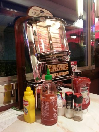 Silver Diner: jukebox