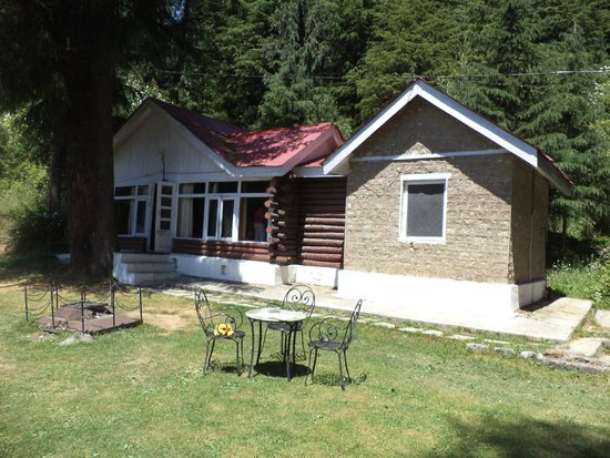 HPTDC Log Huts: Cottage View