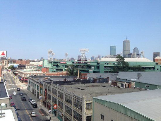 Residence Inn by Marriott Boston Back Bay/Fenway: View of Fenway from the Roof Top!