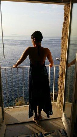 Hotel Parco dei Principi: Janela do quarto com vista para o MAR