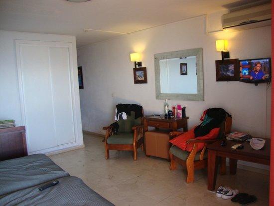 Apartamentos La Jabega: woonkamer