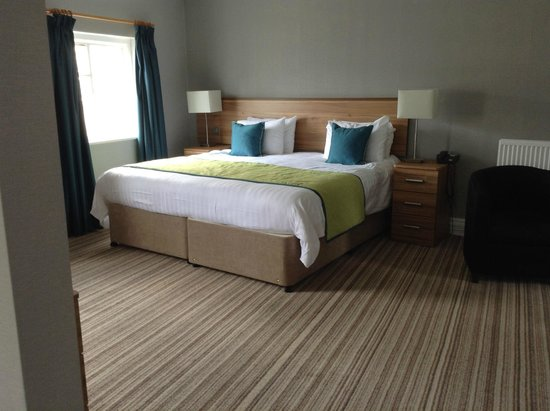 Warner Leisure Hotels Bodelwyddan Castle Historic Hotel : Bed