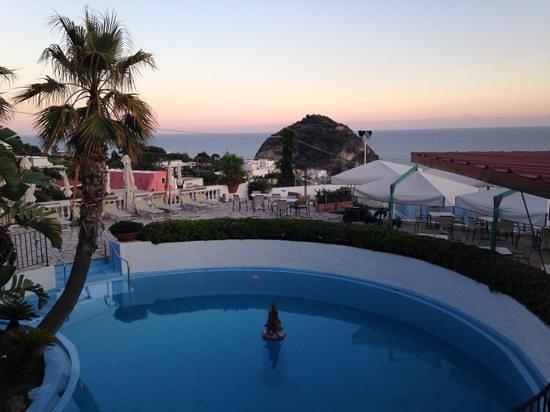 Romantica Resort & Spa: Vista da una delle piscine