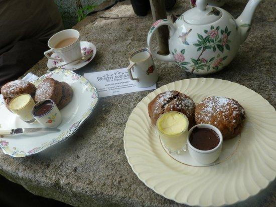 Worth Matravers Tea and Supper Room: Chocolate Cream Tea