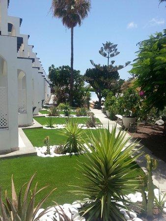 Vista Bonita Gay Resort: Giardinetti Privati