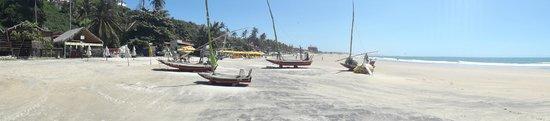 Lagoinha, CE: Vista da praia em frente