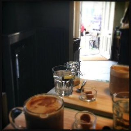 Emily's - The Bronte Birthplace: Lovely coffee!