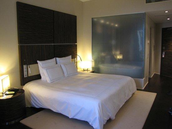 Swissotel Tallinn: King bed