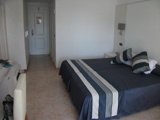 Hotel Apartamentos Princesa Playa: Room